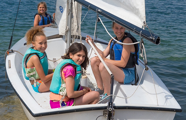 Sailing in the Holder 14